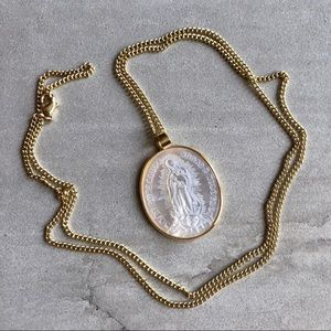 🆕LAST Boho Mother Mary 14K Carved Shell Necklace